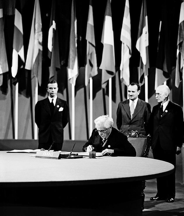 Photo 2 de Rivi%C3%A8re  - The Charter of the United Nations: Ideals for Shaping Our Reality