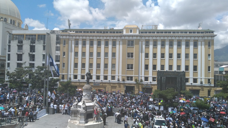 Demonstrators in Francisco Morazán square, in the historic center of San Salvador, who came out to protest on Sept. 15 against the increasingly authoritarian moves by Nayib Bukele's government, in the most massive demonstration against the president since he came to power, called by social organisations on the country's Independence Day. CREDIT: Edgardo Ayala/IPS